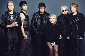 Blondie, The Vamps y Azealia Banks tocan en el festival Rock & Pop