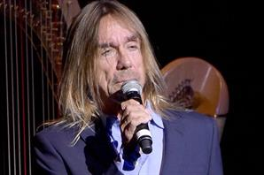 Iggy Pop le rindió tributo a David Bowie